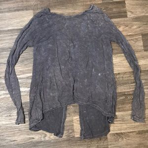 Long sleeve top from buckle